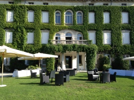 VIlla Locatelli Wedding Italy exclusive villas