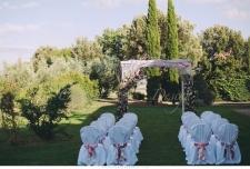 romantic_wedding_in_tuscany_in_private_villa_019