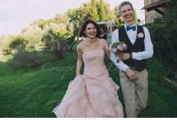 romantic_wedding_in_tuscany_in_private_villa_029