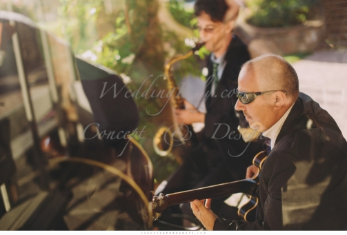 romantic_wedding_in_tuscany_in_private_villa_031