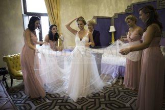 castle-wedding-tuscany-08