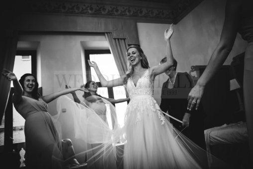 castle-wedding-tuscany-10