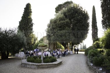 wedding-castle-in-tuscany-16