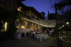wedding-castle-in-tuscany-37