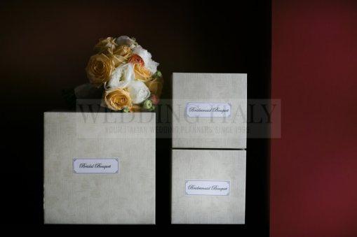 romantic-castle-wedding-tuscany-01