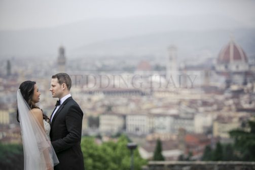 romantic-castle-wedding-tuscany-21