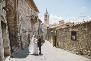 romantic-catholic-wedding-in-assisi-10