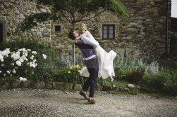 romantic-countryside-wedding-59