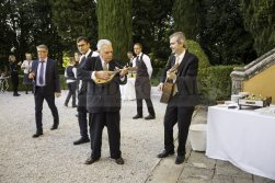 vegan-villa-wedding-tuscany-54