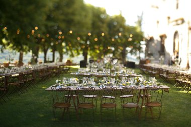 Outdoor wedding dinner